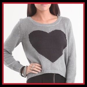 Billabong Hi-Lo Gray Sweater with Heart M